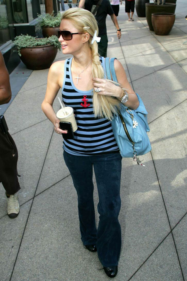 parishiltonwesthollywood08.jpg